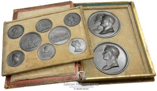 Zestaw efektownych medali z Napoleonem w okolicznościowej oprawie