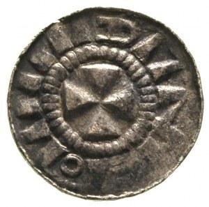 denar krzyżowy, Aw: Kapliczka z pierścieniem i perełkam...