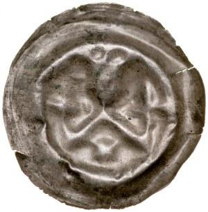 Brakteat guziczkowy II poł. XIII w., nieokreślona dzielnica, Av.: Głowa w koronie wsparta na krokwi, pod nią gwiazda, po bokach krokwi krzyże.