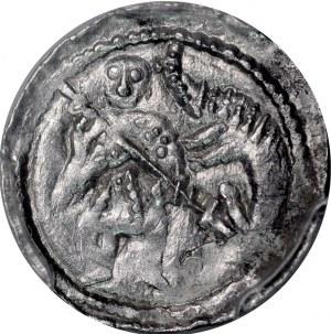 Bolesław III Krzywousty 1107-1138, Denar, Av.: Walka ze smokiem, Rv.: Krzyż, między ramionami gwiazdki.