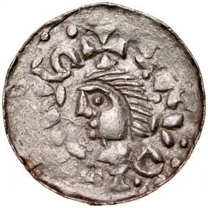 Władysław I Herman 1081-1102, Denar, Kraków, Av.: Mała głowa i napis otokowy, Rv.: Trzy kościelne wieże z krzyżami, napis otokowy, obwódka wewnętrzna.