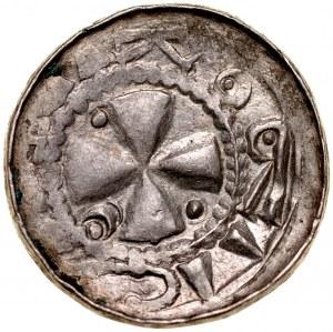 Denar krzyżowy XI w., Av.: Krzyż kawalerski, Rv.: Proporzec, litery ETO.