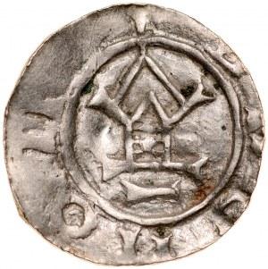 Denar typu OAP XI w., imitacja, Av.: Kapliczka, dookoła imitacja napisu, Rv.: Krzyż prosty, między jego ramionami kropki.