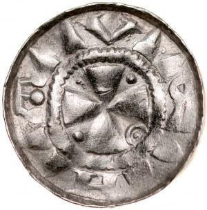 Denar krzyżowy XI w., Av.: Krzyż kawalerski, między ramionami kropki oraz pałąk z kropką, Rv.: Krzyż prosty, między ramionami dwie kule oraz dwa kółka.