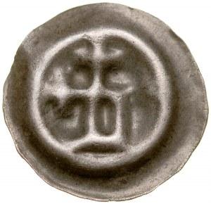 Brakteat guziczkowy, Litera D z wystającymi krzyżami.