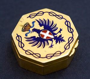 Pudełeczko ośmiokątne, podarunkowe, z herbem króla Włoch, złocone, Florencja, okres międzywojenny