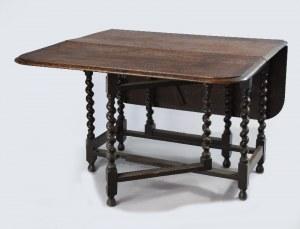 Stół z klapami