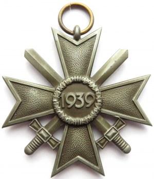 Niemcy, III Rzesza, Krzyż Zasługi Wojennej za rok 1939 z mieczami, z oryginalną wstążką, klasa ????, syg. 18