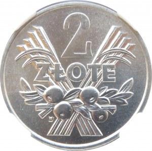 Polska, PRL, Jagody, 2 złote 1970, Warszawa, NGC MS67+ - 2 MAX
