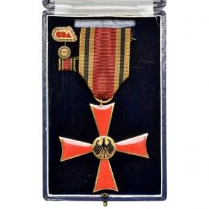 Niemcy, Krzyż Kawalerski Orderu Zasługi Republiki Federalnej Niemiec