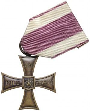 Krzyż Walecznych - bez daty, z numerem