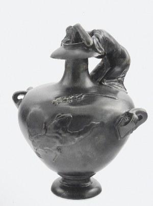 Odlewnia żeliwa i brązu KUSA, Ural, Wazon secesyjny z figurą kobiety