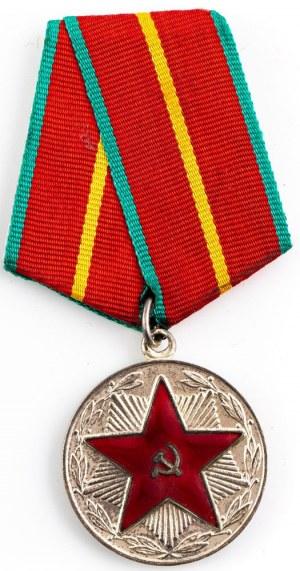 Medal, Za 20 Lat Nienagannej Służby W Siłach Zbrojnych ZSRR I klasy, wz. 1966