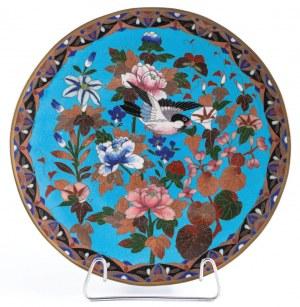 TALERZ Z KWIATAMI I PTAKIEM, Japonia, k. XIX w.