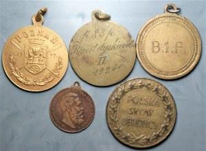 Zestaw medali 5 sztuk - m.in. Ósemki Poznań 1928, rzut dyskiem 1926