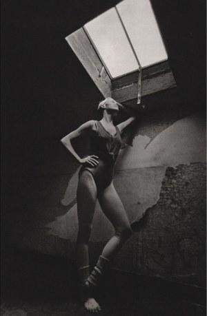 Jeanloup SIEFF (1933 - 2000), Carolyn Carlson, Paris 1974