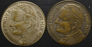 PRL, dwa medale z Janem Pawłem II