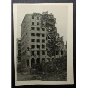 Fotografia wojenna Warszawy Eugeniusza Hanemana wrzesień 1939, Powstanie Warszawskie, zniszczenia wojenne Warszawy