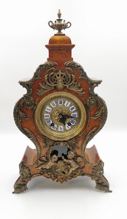 Firma LENZKIRCH Aktiengesellschaft für Uhrenfabrikation (zał.1849, od 1851 SA.), Zegar kominkowy, neorokokowy