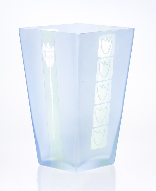 Wazon Tulipany, proj. dekoracji Edyta BARAŃSKA-SASAK (Autorski bank projektów Wzornik), forma: Huta Szkła Deco-Glass