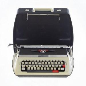 Maszyna do pisania w przenośnej kasecie, Firma: NECKERMANN