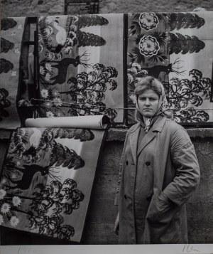 Jerzy LEWCZYŃSKI (1924 - 2014), Bez tytułu (Kobieta z plakatami), 1960