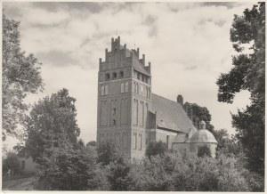 WOZŁAWKI (pow. bartoszycki). Kościół św. Antoniego Opata – po pokryciu dachu i reparacji wieży