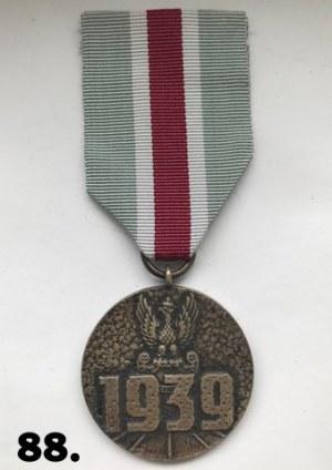 """Medal """"Za udział w wojnie obronnej 1939"""