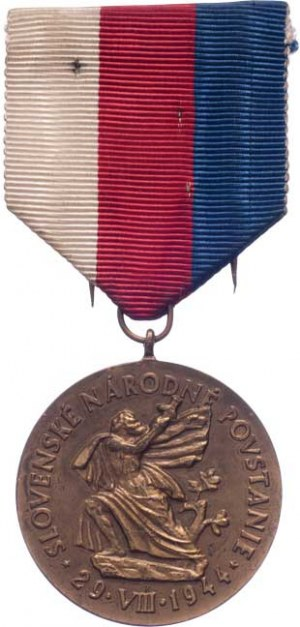 Československo, Pamětní medaile Řádu SNP, VM.16-III, Sign.K, stuha