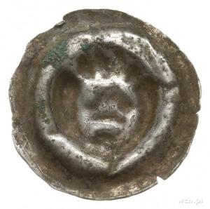 brakteat guziczkowy, 2. połowa XIII w.; Głowa z pięciom...
