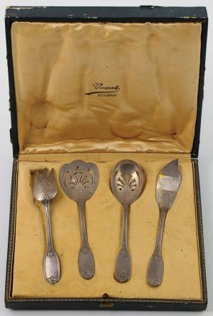 CZTERY SZTUĆCE SERWINGOWE, Francja, Paryż, Olier & Caron, 1910 - 1936