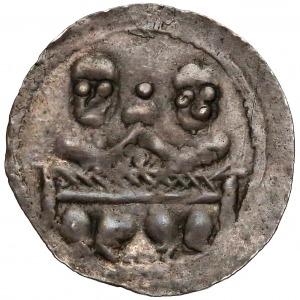 Bolesław IV Kędzierzawy, Denar - dwóch za stołem