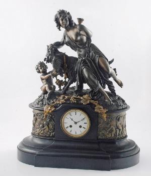 Zegar kominkowy z bachantką