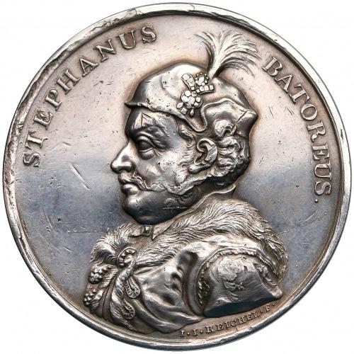 Medal z suity królewskiej - Stefan Batory - Reichel