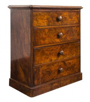 Komódka (A small Victorian burr-walnut chest of drawers)