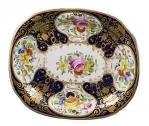 Talerzyk porcelanowy (An oval Worcester porcelain dish)