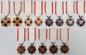 Zestaw 13 Odznak Honorowych Polskiego Czerwonego Krzyża PRL