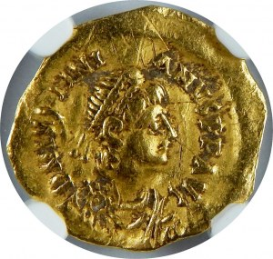 Bizancjum, Justynian I, 527-565 AV Tremissis, NGC Ch Vf, Konstantynopol