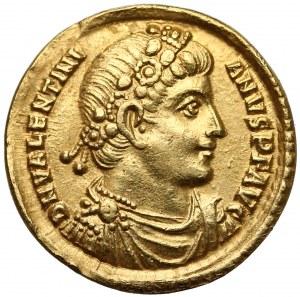 Walentynian I (364-375), Solid - cesarz z vexillum