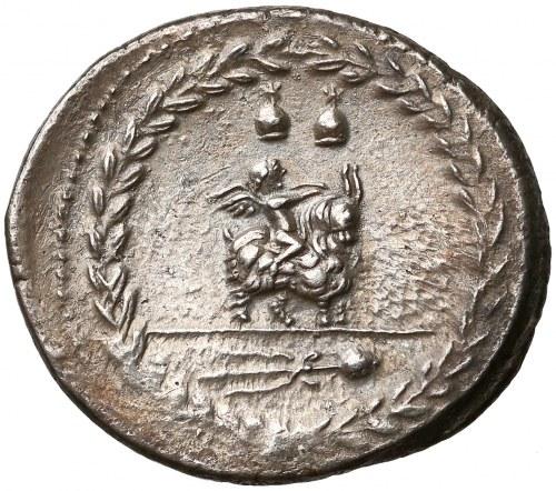 Roman Republic, Mn. Fonteius C.f. (85 BC), AR Denarius.