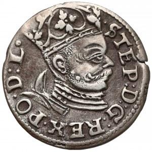 Stefan Batory, Trojak Ryga 1584 - wysoki naramiennik