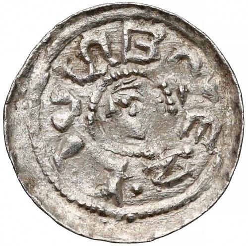 Bolesław II Śmiały, Denar książęcy - leżące S, trójkąt pod koniem