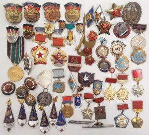 ZSRR zestaw drobnych odznak i przypinek MIX