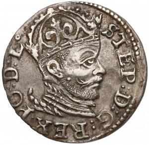 Stefan Batory, Trojak Ryga 1584 - łezkowy naramiennik