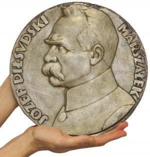 Medalion (26cm) Józef Piłsudski (J. Aumiller)