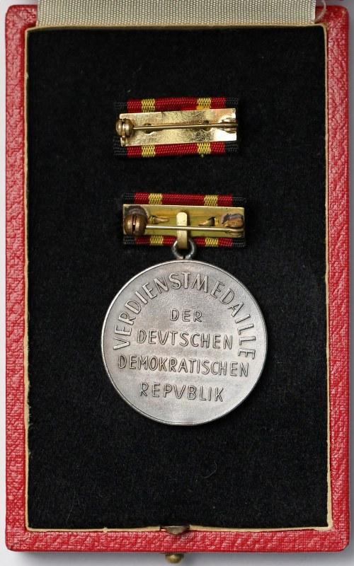Niemcy NRD, Medal Zasługi DDR