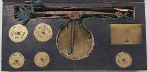 Francja, waga szalkowa do monet (dukat, louis d'or)