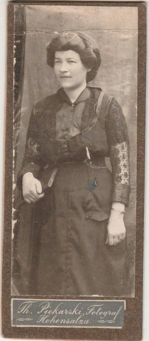 INOWROCŁAW. Portret kobiety; fot. wykonana w atelier Th. Piekarski, T ...