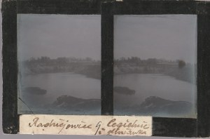 RADZIEJOWICE. Szklany diapozytyw przedstawiający dwa zdjęcia cegieln ...