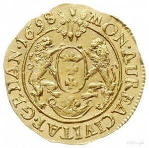 dukat 1698, Gdańsk, Aw: Wąskie popiersie króla bez obwó...